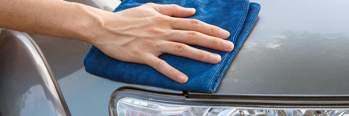 Waarom je een auto na het wassen droog moet maken!? Streeploos en zonder vlekken!